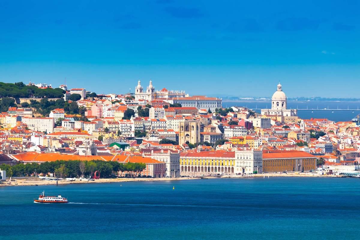 Из Москвы в Лиссабон – чем жизнь в Португалии отличается от России-Люди
