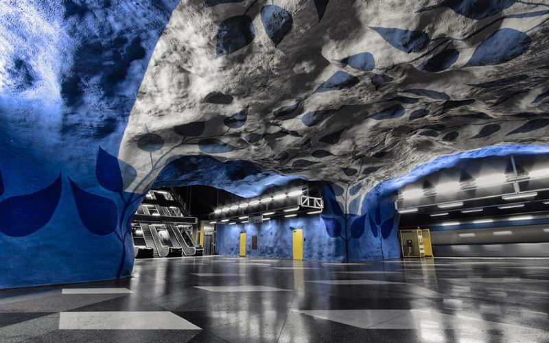 удивительные станции метро в мире